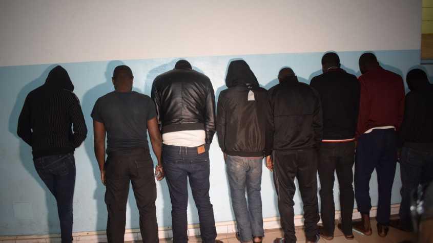 une bande de 8 malfrats