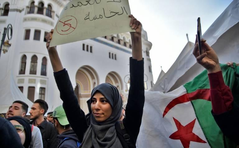 les algériens contre e 5e mandat de bouteflika