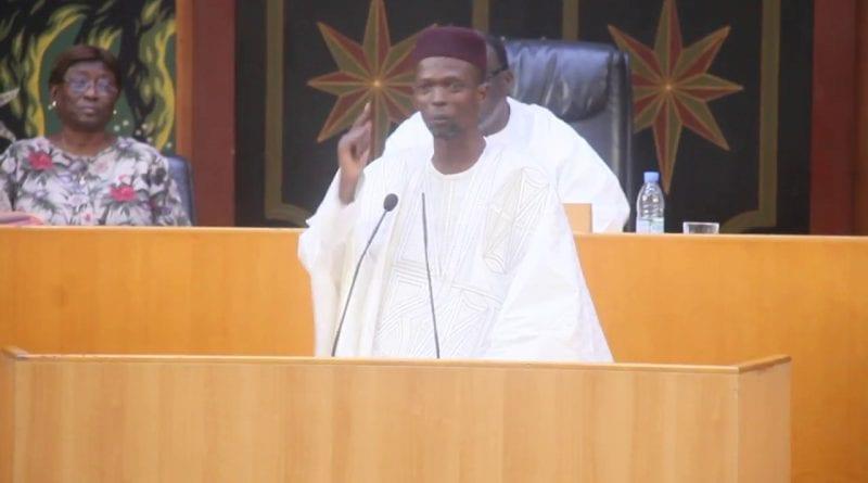 serigne cheikh mback bara dolly s'exprime sur la suppression du poste du pm