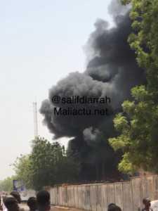mali 225x300 Mali: La station d'EDM Sebinikoro en feu (photo)