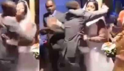 un marié bat le best man le jour de son mariage