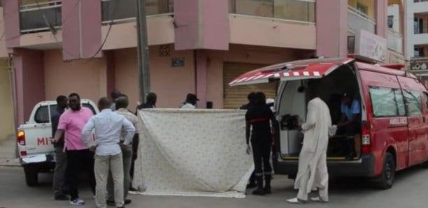 un enfant tombe d'un immeuble et meurt à cité djily mbaye