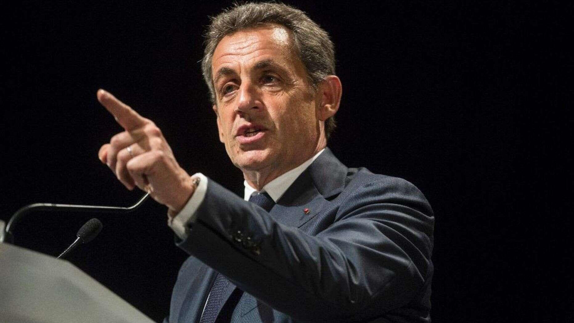 Financement de Kadhafi: Nicolas Sarkozy s'en lave les mains et menace