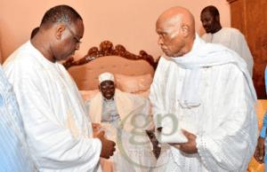 Macky Sall et Abdoulaye Wade 300x194 MASAALIKUL JINAAN: la Mosquée de la Réconciliation