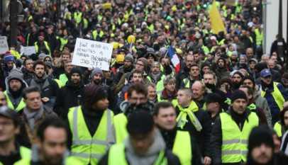 Gilets Jaunes : Malgré l'appel de Macron, ils se font remarquer à Paris pour l'acte 45